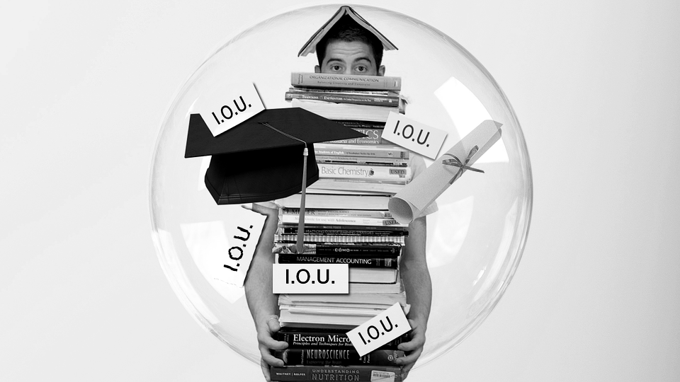 SoFi vs. DRB: Which Option is Better For Student Loans and Loan Refinancing?