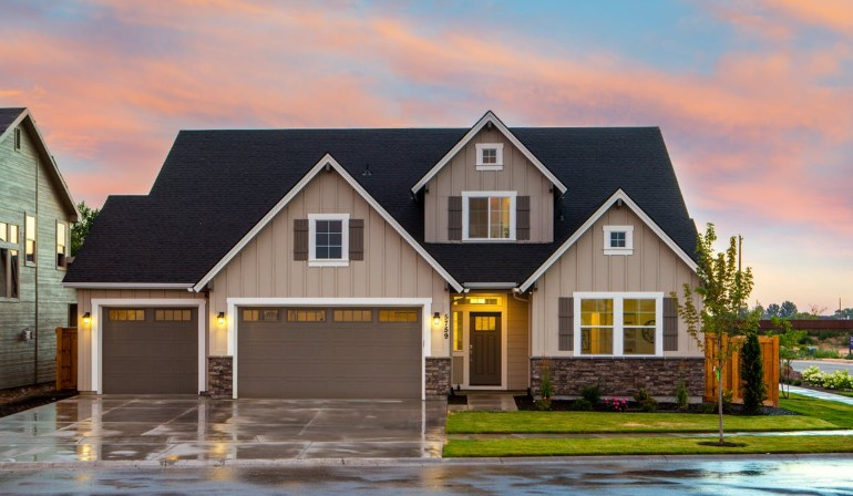 What the Coronavirus Means for Home Refinance Rates (Time To Apply Now?)